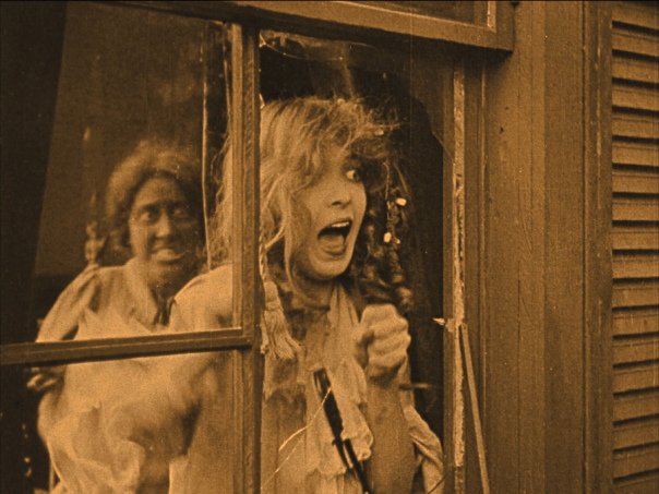 lillian-gish-screaming-boan