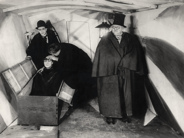 001_o-gabinete-do-dr.-caligari-1