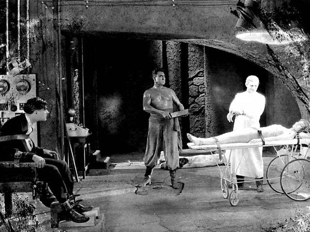 1925 The monster (foto) 01