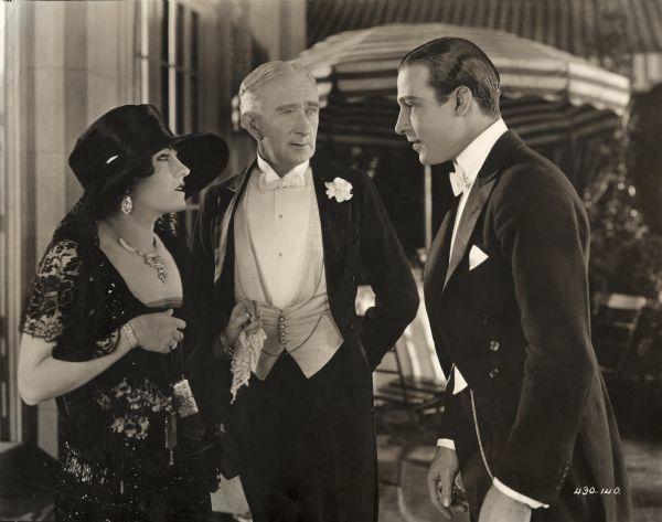 Swanson_Francis_Valentino_1922