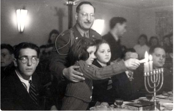 chanukah-1945-germany