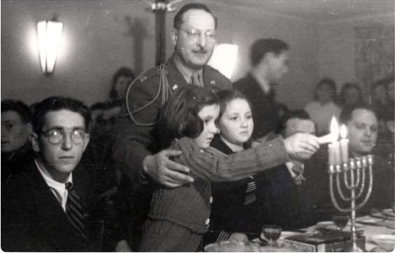 chanukah-1945-germany