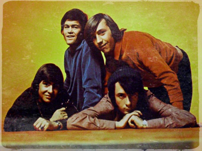 the-monkees-the-monkees-33682533-800-600