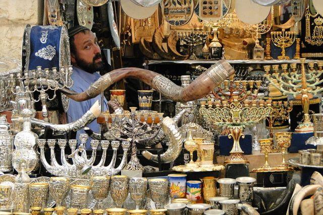 vendor_of_judaica_-_mahane_yehuda_market_-_jerusalem_-_israel_5684029083