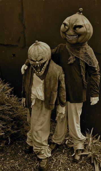 creepy-costumes