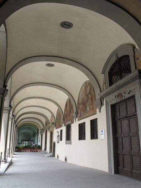 Arcispedale_di_santa_maria_nuova,_portico_restaurato,_08