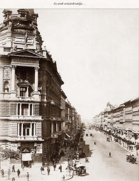 Budapest_andrassy_ut_1875