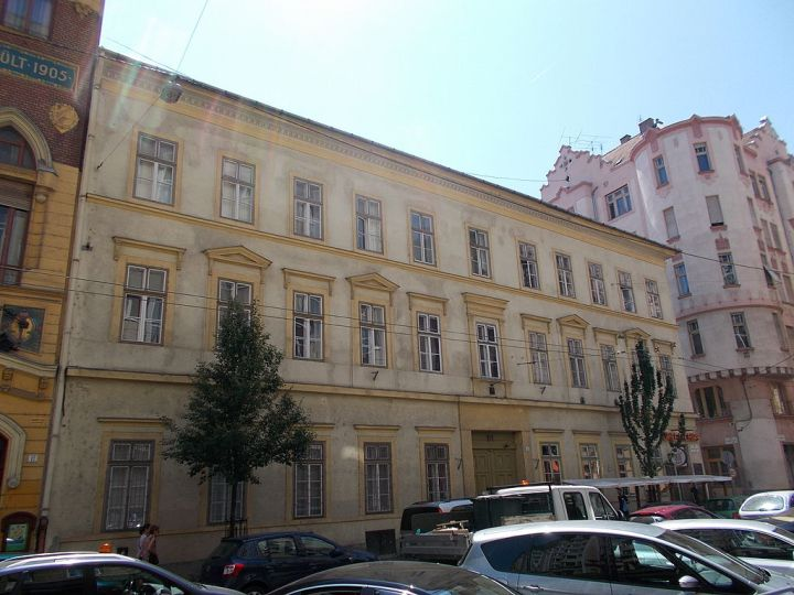 Classicist_monument_house._ID_8001._-_Budapest_District_VII.,_Wesselényi_St_15
