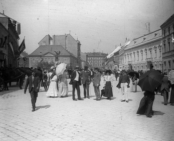 Schoch_Frigyes_Dísz_tér_1906
